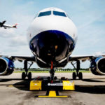 British Airways внедрила электрические тягачи с дистанционным управлением